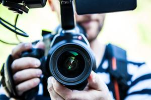 4 Things to Consider When Hiring a Videographer