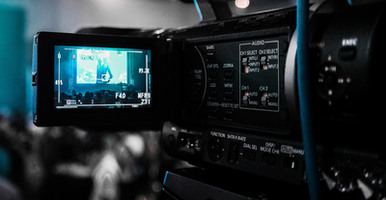 4 Things to Consider When Hiring a Video Marketer